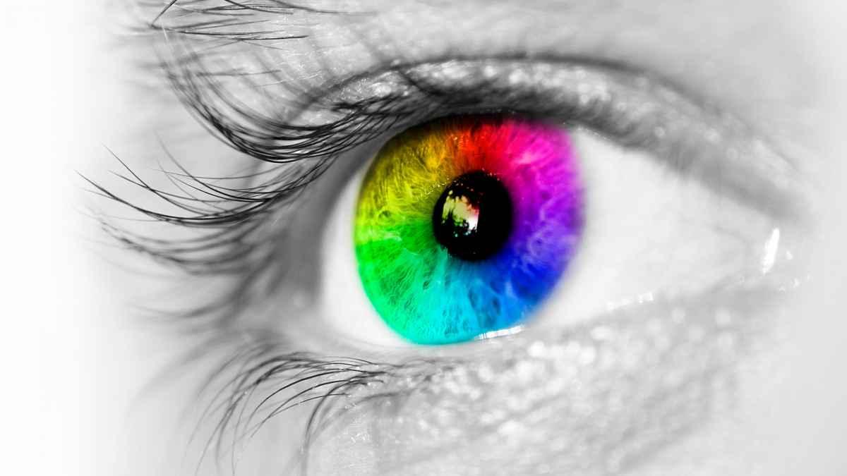 multi-color eye
